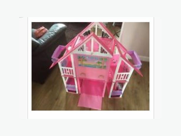 Barbie california dream house