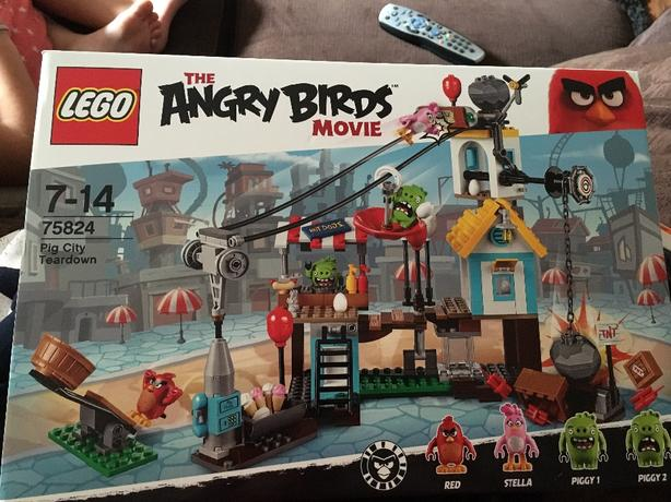brand new angry birds lego £10