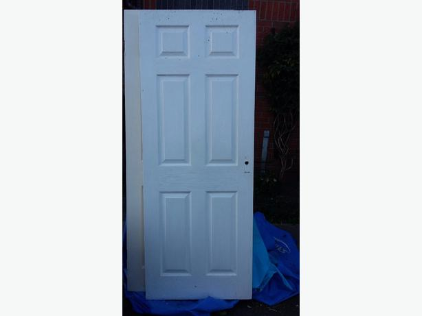 6 panel door in white
