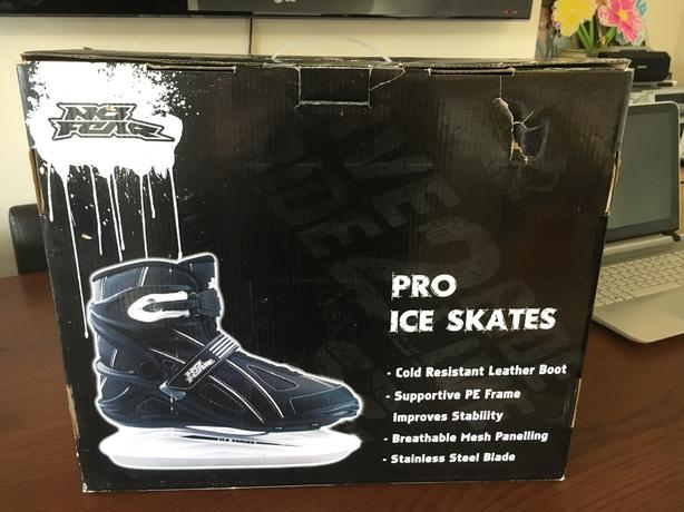 No Fear Ice Skates Size 5
