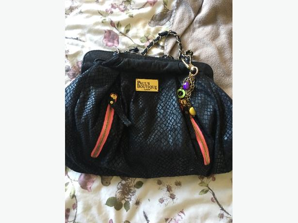 pauls boutique black hand bag