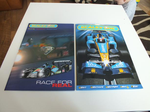 scalextric  edition 45 /2004 and 47/2006 catalogue