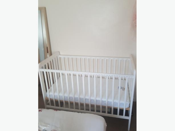 Babys cot and matress