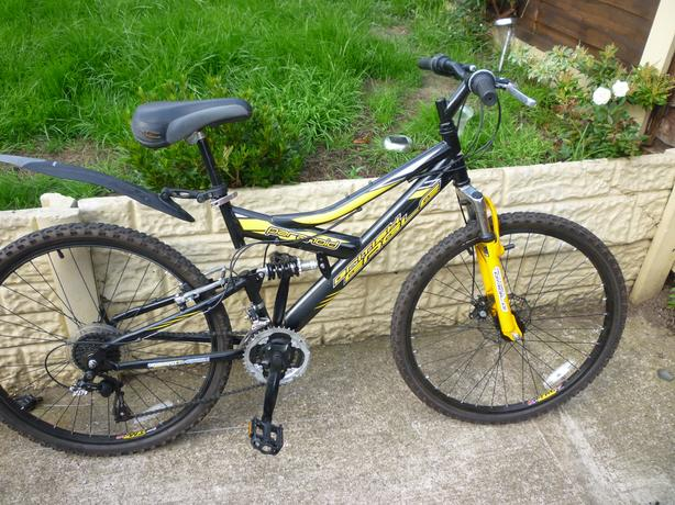 Adults British Eagle full suspension mtb with front disc brake