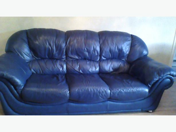 leather 3 seater sofa plus two chairs