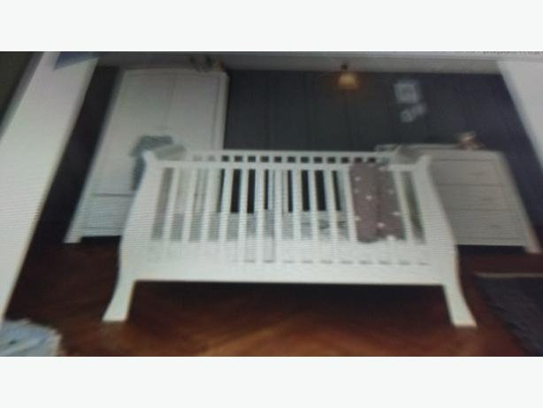 mamas and papas 3 piece cot bed
