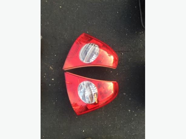 RENAULT CLIO BACK LIGHT BRAKE LIGHT