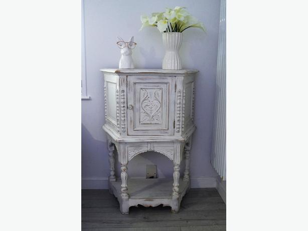 ONO Beautiful White Washed Storage Cupboard