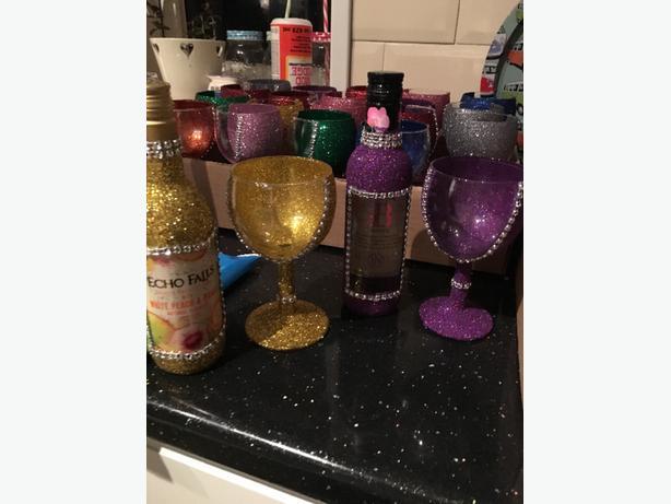wine and glitter glass sets