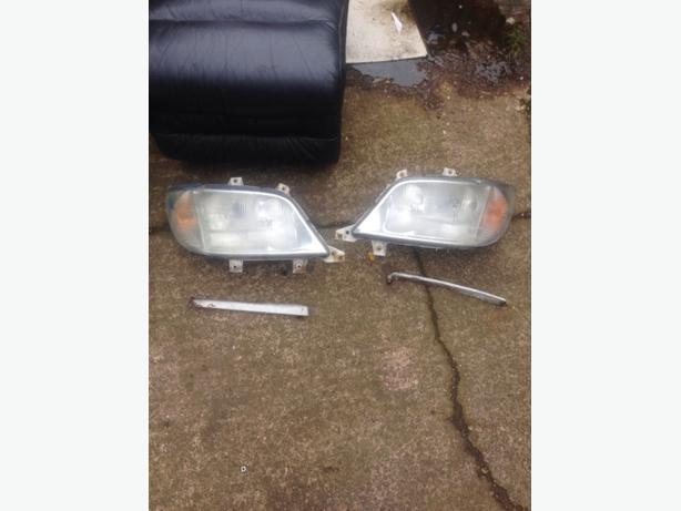 MERCEDES SPRINTER HEADLIGHTS