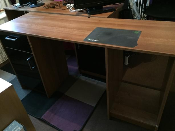 desks x 2 storage unit x 1