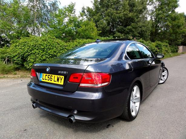 2 0 0 6 BMW 3 series Copupe