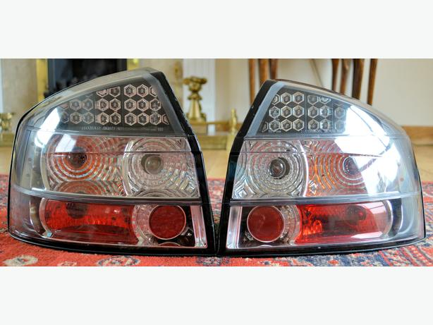 AUDI A4 B6 PAIR OF CLEAR BLACK PLUG 'N' PLAY LED TAIL LIGHTS FOR SALE