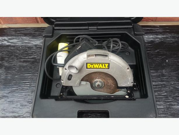 DEWALT DW62 CIRCULAR SAW, 184mm,110v