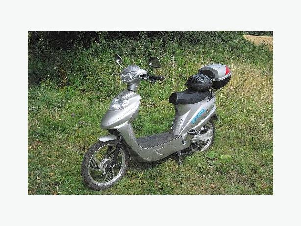 WANTED e bike scooter