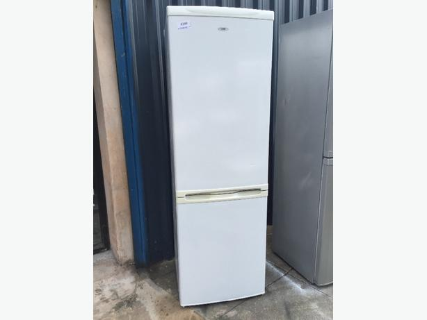 🔵🍻huge Logik fridgefreezer clean