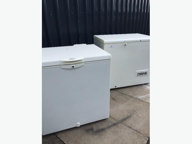 🏁🏁mid size chest freezers cal 01902 863838