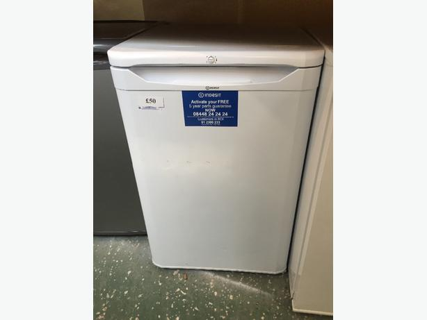☀️ we have a set fridge and freezer 50 each