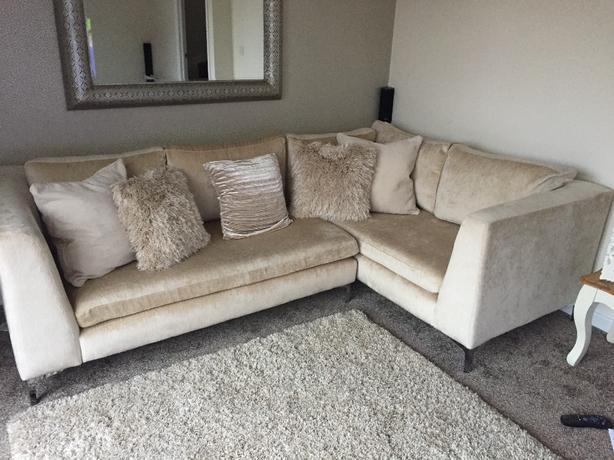 corner sofa AAA**** condition