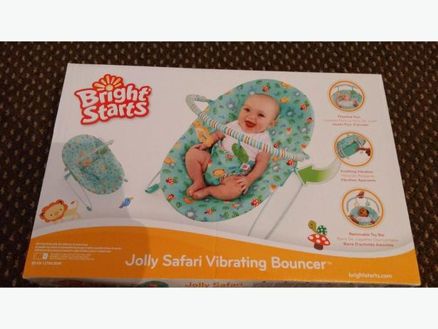 Brand new in box bright starts vibrating bouncer