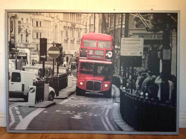EXTRA LARGE LONDON STREET SCENE CANVAS FRAMED   ONO