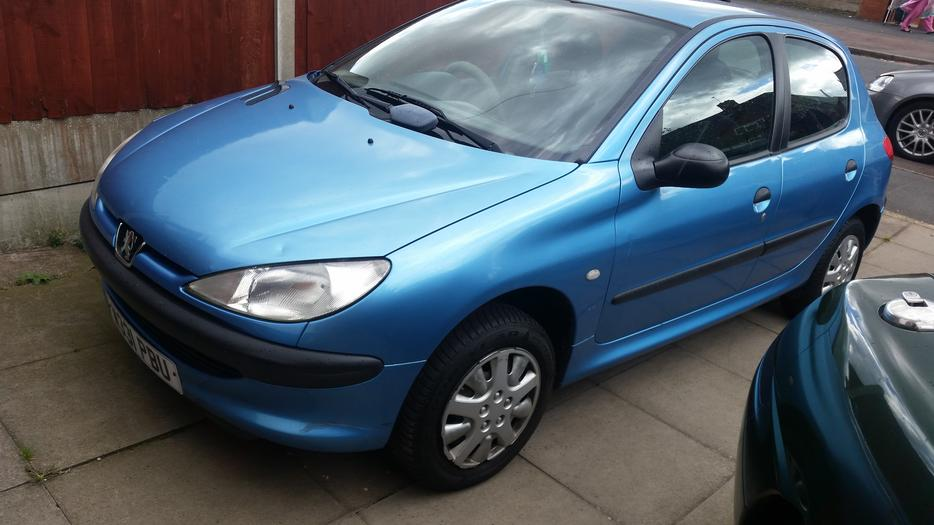 w reg peugeot 206 1 1 mot may looks and drives good  u00a3350