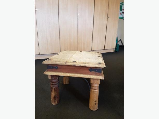 small coffee/lamp table