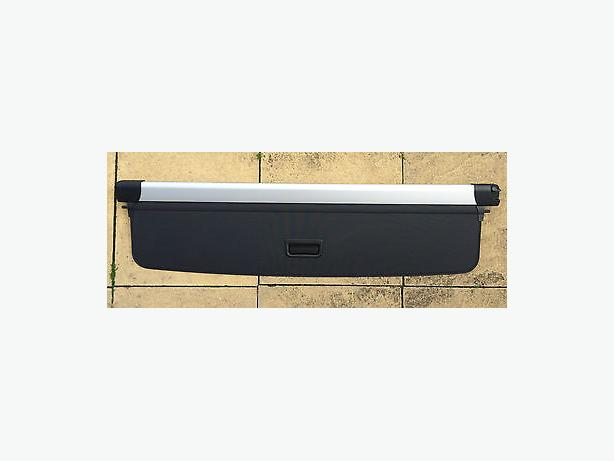 Range Rover parcel shelf
