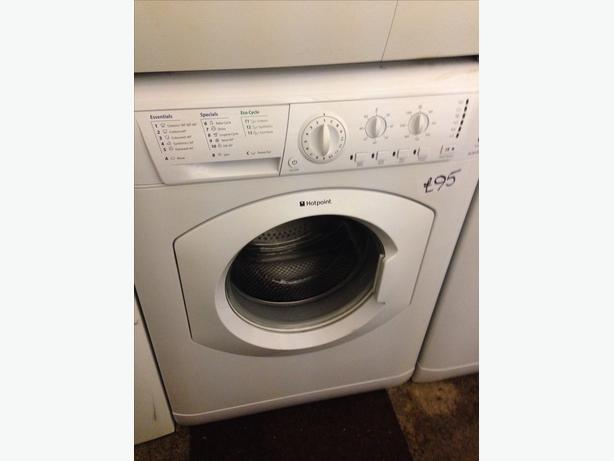 HOTPOINT 6KG WASHING MACHINE010