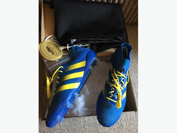 brand new adidas boots 16.1 size 9 rrp £230