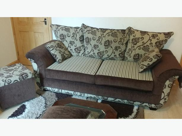 sofa sets very good condition
