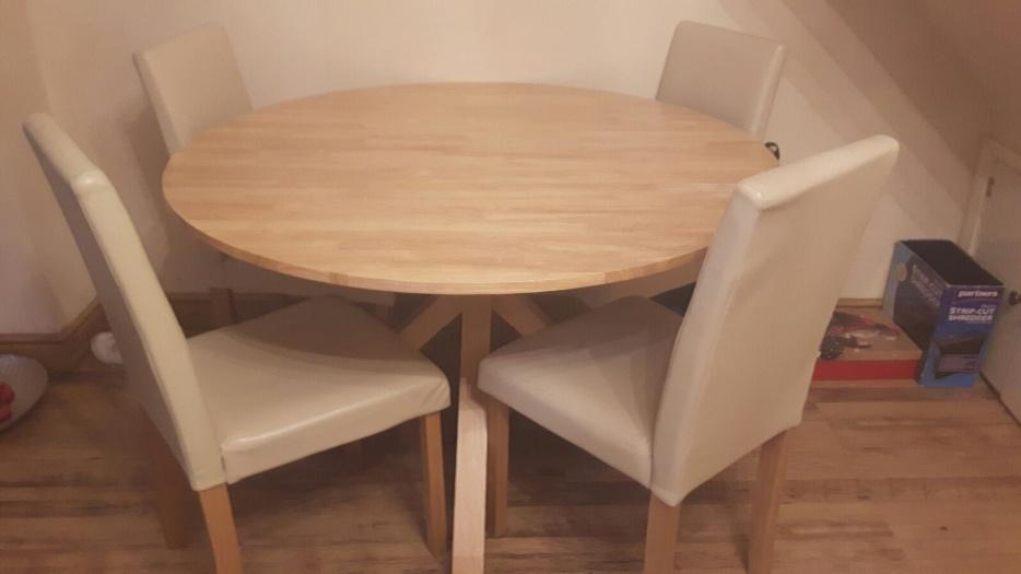 round dining table and 4 chairs DUDLEY Wolverhampton : 105964725934 from www.usedwolverhampton.co.uk size 934 x 525 jpeg 31kB