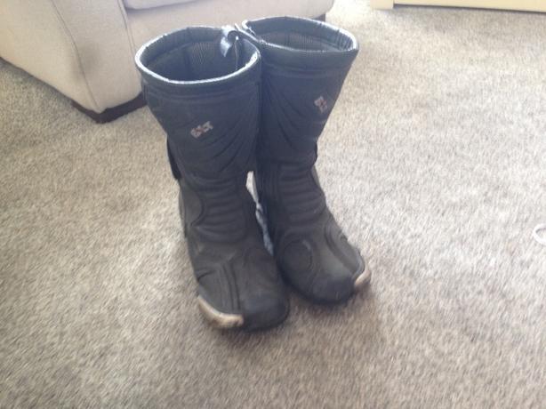 motorbike/scram boots