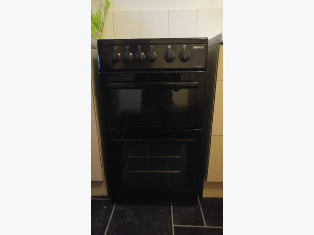beko electric cooker 4 month old
