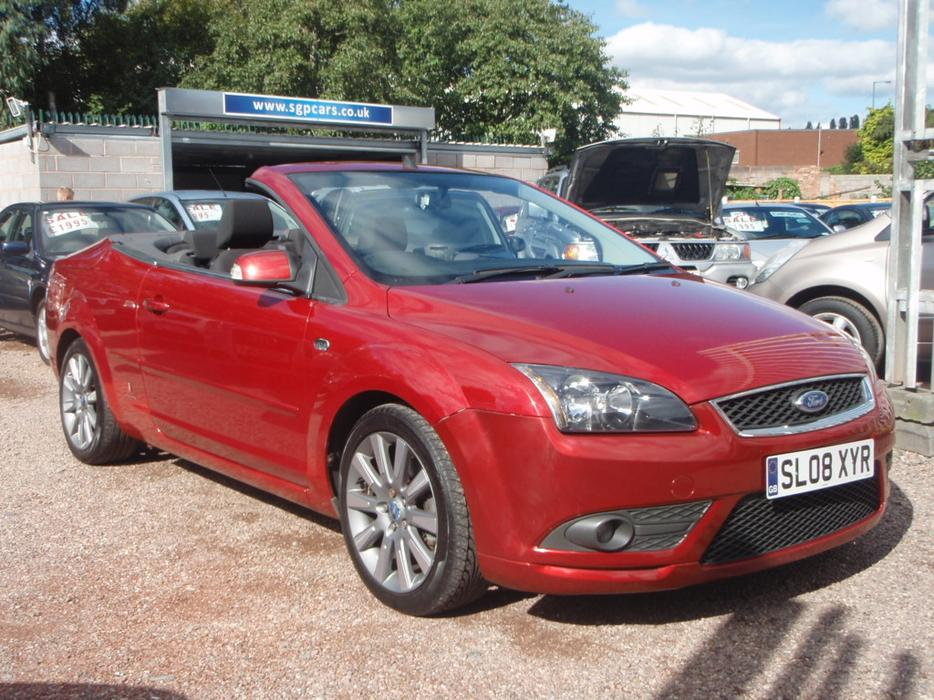 ford focus cc 2 0 cc 2 cabriolet 2dr willenhall dudley. Black Bedroom Furniture Sets. Home Design Ideas