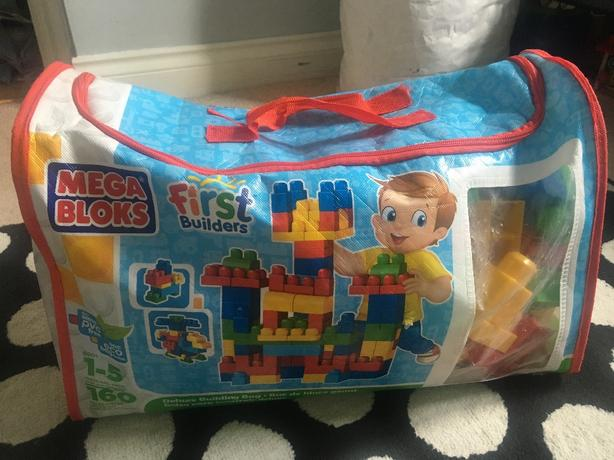 Mega Bloks 160pc Deluxe Building Bag