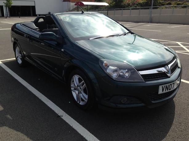 Vauxhall Astra Twintop