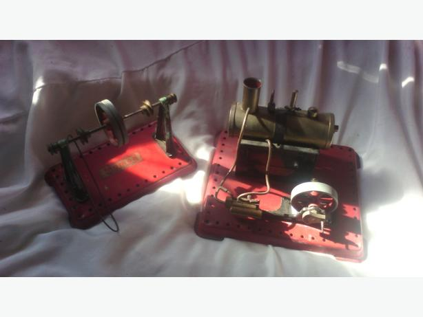 £50 ono antique mamod se2 steam engine with traction drive arm
