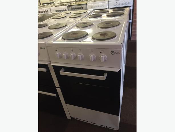 ELECTRIC COOKERS - PLENTY TO CHOOSE FROM - - STARTING £70