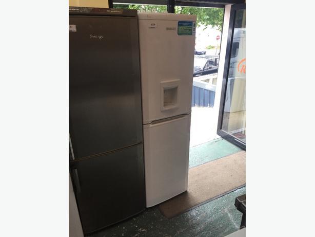 beko aclass fridgefreezer free delivery