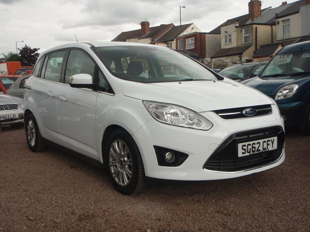 Ford Grand C-Max 1.6 TDCi Titanium 5dr (6 Seats)