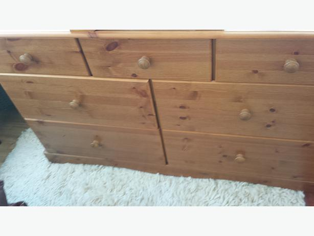 Cotswold pine home bedroom furniture