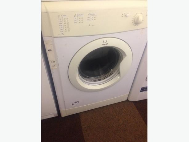 INDESIT DRYER VENTED 7KG