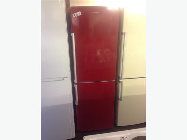 RED RUSSELL HOBBS FRIDGE FREEZER0