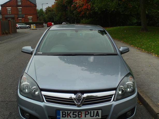 Vauxhall Astra 1.7 SRI CDTI 100 BHP 16 Valve Turbo Diesel 58 Reg 5 Door Hatch
