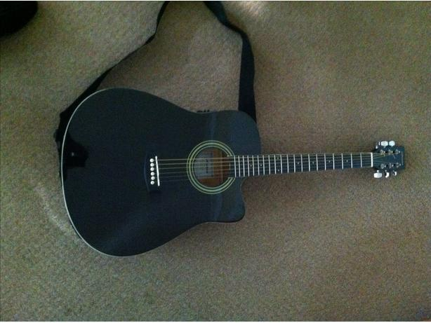 Electro Acoustic Guitar with Tuner