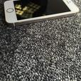 iPhone 5S-16gb Unlocked to all networks