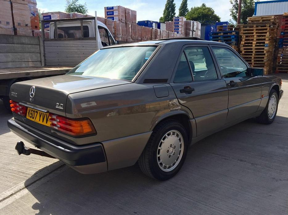 Service manual free 1991 mercedes benz w201 online manual for Mercedes benz online