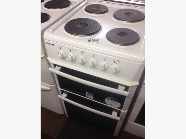 50CM BEKO FAN ASSISTED ELECTRIC COOKER04