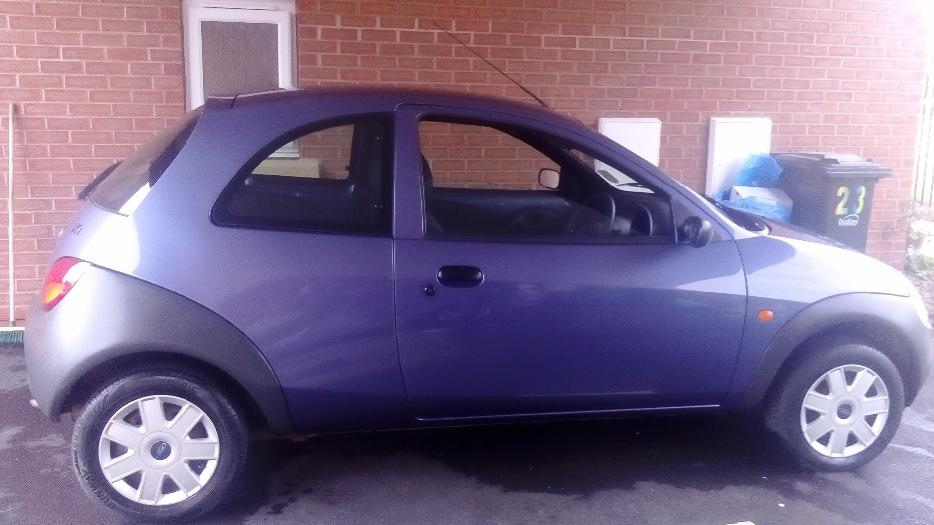 ford ka 08 plate very low mileage dudley sandwell. Black Bedroom Furniture Sets. Home Design Ideas